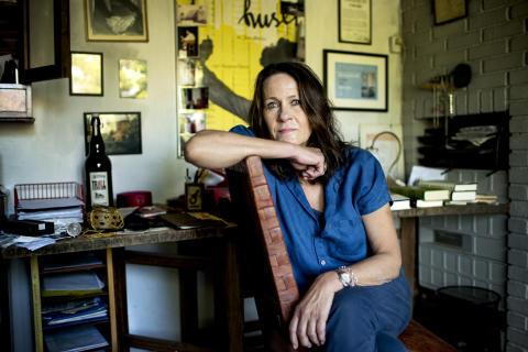 Er Vigdis Hjorth den nye Elena Ferrante, spør The Guardian
