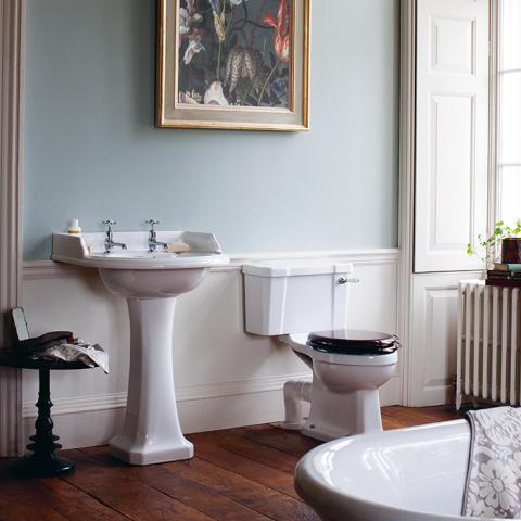 Brittania Bad lanserar webbshop för badrum inspirerade av sekelskiftet