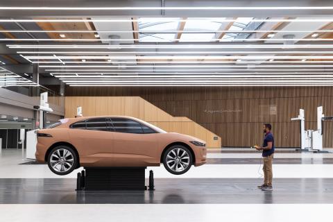 Jaguar åpner unikt designsenter
