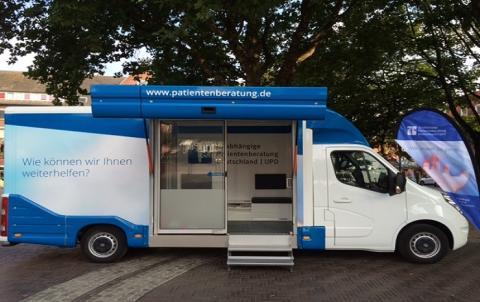 Beratungsmobil der Unabhängigen Patientenberatung kommt am 18. März nach Emden.