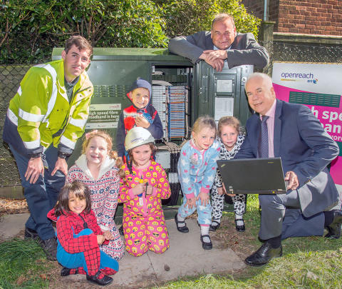 Worcestershire children brought up to speed on latest fibre broadband technology