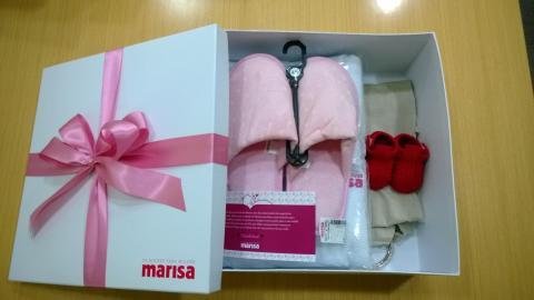 Marisa promove ação em maternidade em homenagem ao Dia das Mães