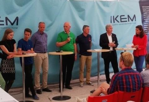Ungdomspolitiker och kemiindustrin diskuterade hur Sverige kan bli attraktivare för investeringar