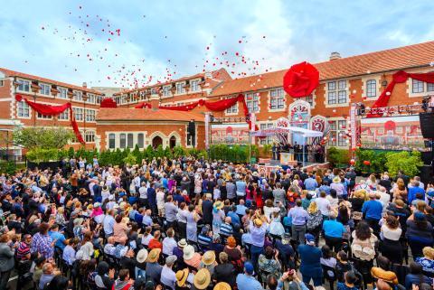 """Scientologikyrkan inviger ny ideal kyrka i """"Sagan om ringens rike"""""""