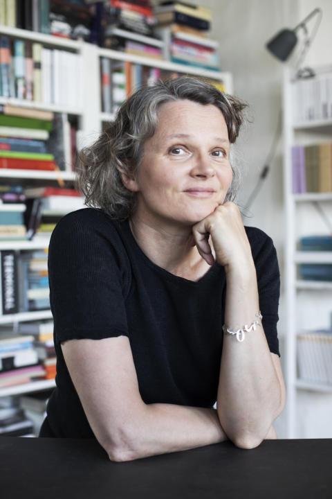 Författarbild, Nina Ulmaja 1