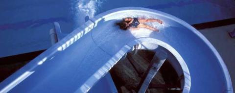 Skador hos vattenrutschbanor orsakar olyckor