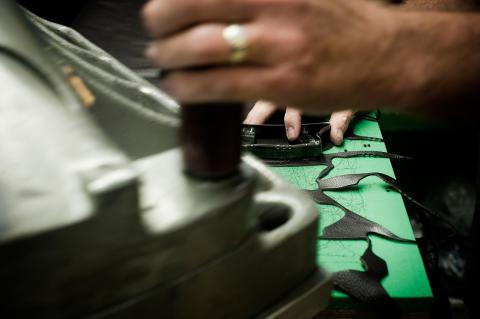 New Balance hedrar fabrik i England med ny webbsida