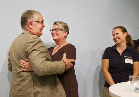 Karin och Johnny Nilsson, två jublande glada Hållbarhetsstipendiater.