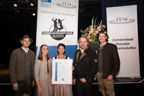 Bergader einstimmig als Ausbildungsbetrieb der deutschen Milchwirtschaft 2019 ausgezeichnet
