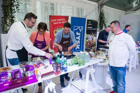 VIII Charytatywne Kulinarne Zawody Dziennikarzy