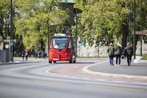 Bilde av selvkjørende buss på Akershusstranda