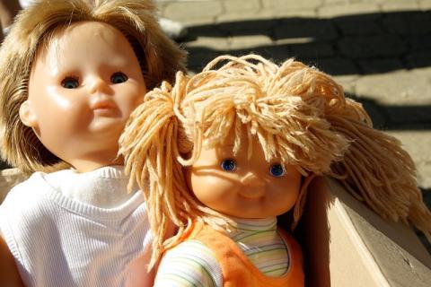 Loppis i Karlstad till förmån för Giving People arbete med utsatta barn