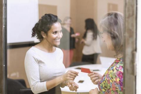 Checkar till arbetsintegrerande sociala företag