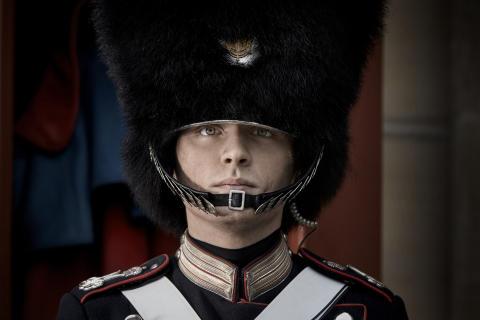 Fra drenge til mænd: Nyt Kanal 5-program går tæt på Den Kongelige Livgarde