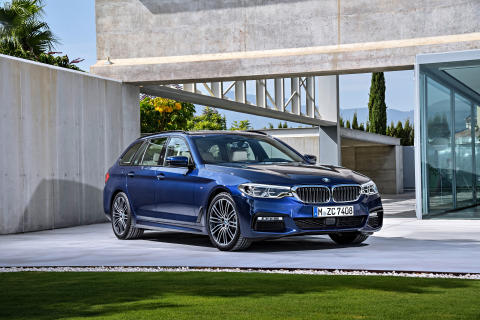 BMW 5-serie Touring - Forfra