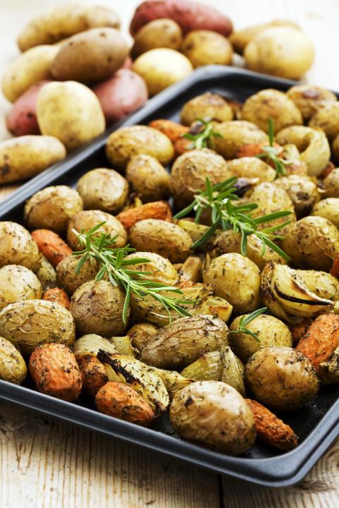 Månadens recept juli - Rostad örtig potatis