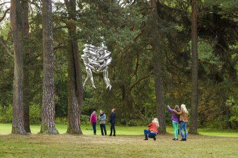 Der Ekebergpark in Oslo: Skulptur von der Künstlerin Louise Bourgeois