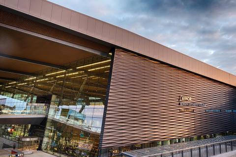 Nye Bergen lufthavn, Flesland fasade