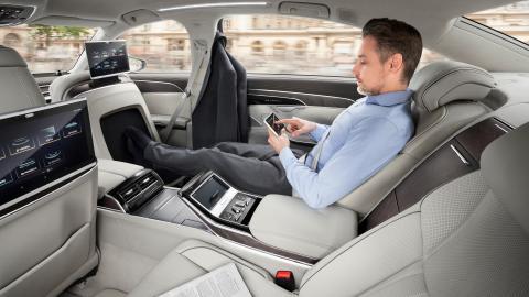 Audi A8 L interiør