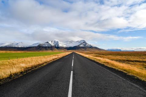 Vi uppdaterar våra resor till Island för 2017