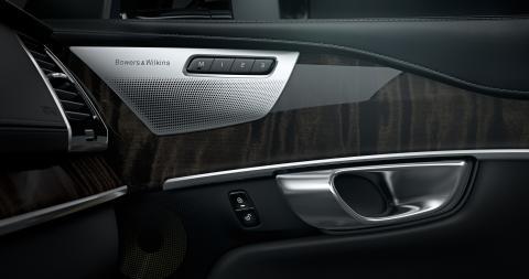 Volvo Cars i samarbete med Bowers & Wilkins för att skapa ett ljudsystem utöver det vanliga till nya Volvo XC90