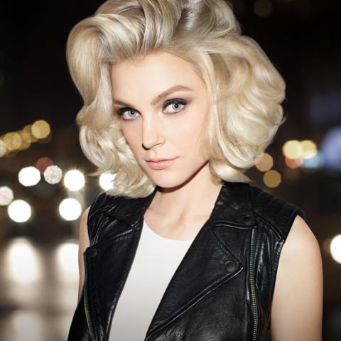 Redken Blonde Idol Jessica