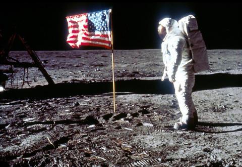 Moon Landings Lost Tapes_HISTORY (2)