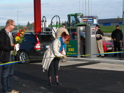 Ny bensin- och drivmedelsstation invigd i Vingåker!