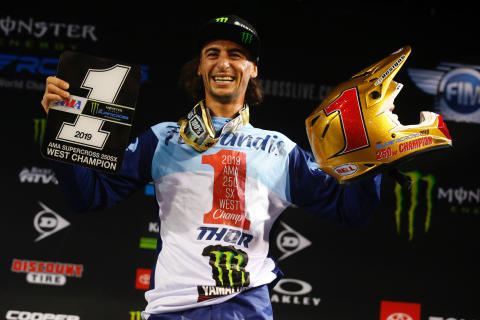 Dylan Ferrandis Takes Comeback Win to Clinch AMA 250SX West Championship