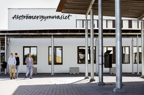 Utmärkelse till Alströmergymnasiet för hållbarhetsarbete