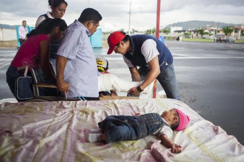 22.000 Menschen leben nach Ecuador-Erdbeben in Notunterkünften / Tetanus- und Gelbfieber-Impfungen dringend benötigt