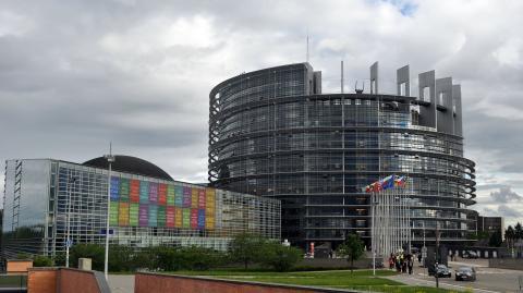 Fredrick Federley bjuder in Torstas elever till EU-parlamentet i Bryssel