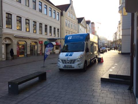 Beratungsmobil der Unabhängigen Patientenberatung kommt am 8. April nach Flensburg.