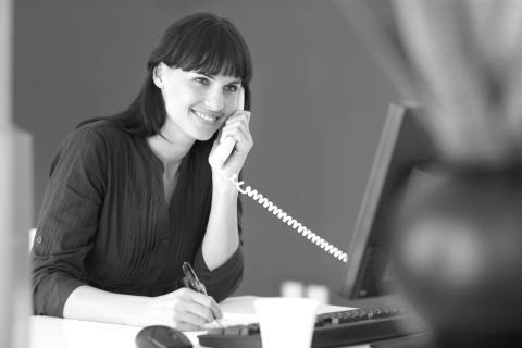 COVID-19: Hotline til virksomheder om midlertidige ændringer på beskæftigelsesområdet