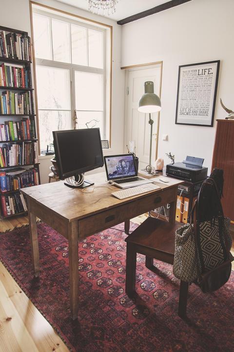 Monityöurabloggaaja Tanja L: Työhuoneessa on taikaa