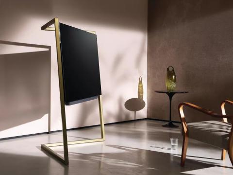 Glamour och minimalism: Loewe bild 9 OLED är en fascinerande annorlunda TV - elegant som en skulptur.