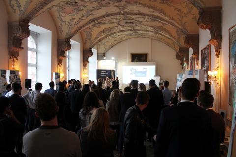 """Studentenorganisation """"Enactus"""" zu Besuch bei Villeroy & Boch: 75 Studenten aus rund 35 deutschen Universitäten vom 26.-27.10.2017 für """"Summer Camp"""" in Mettlach"""