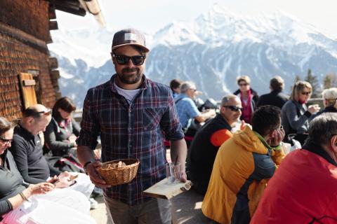 Gian Malaers auf der Alp Fops in Lenzerheide © Schweiz Tourismus : Maurin Bisig