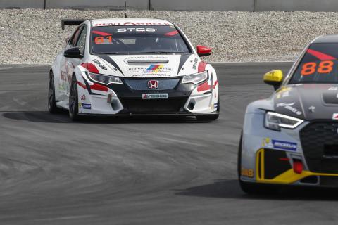 Marcus Annervi, Rent A Wreck Racing, Honda Civic TCR. Foto: Tony Welam/STCC
