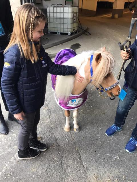 7-åriga Maya fick sin stora dag på Gothenburg Horse Show