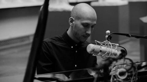 Madden / Alive / Akustisk / BTS (c) Tim Ottesen