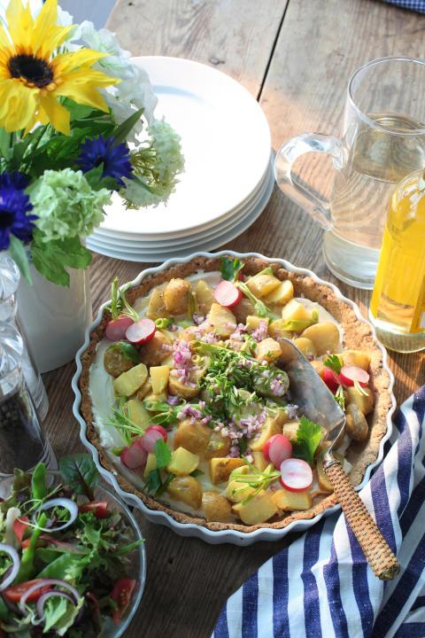 Midsommarpaj med potatis