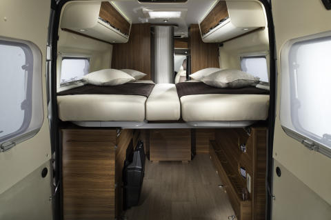 Adria-Twin-640-slx-forest-beds-together