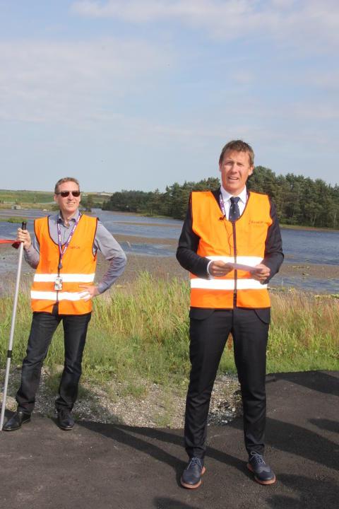 Aslak Sverdrup ønsker velkommen til åpning av solmåler