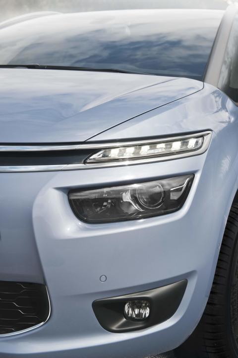 Nya Citroën Grand C4 Picasso - LED-ljus fram