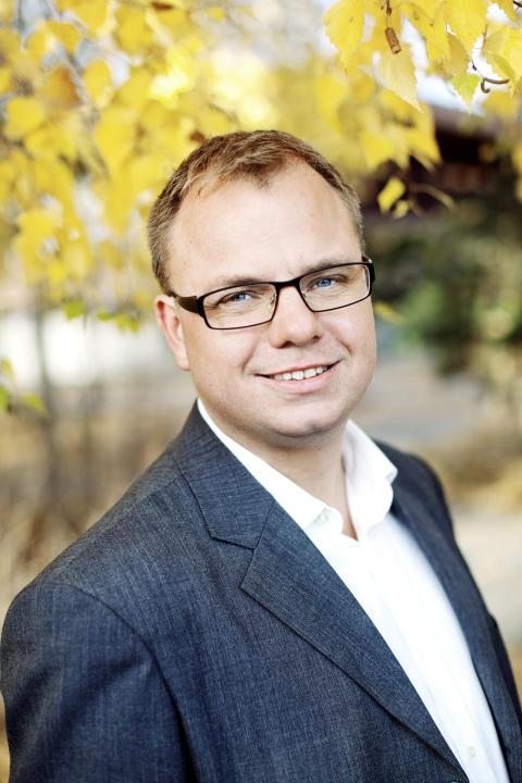 Johan Magnusson avgår som kommunalråd för centerpartiet i Väsby