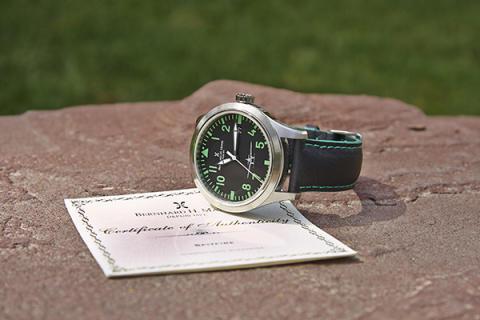 Доступные швейцарские часы для мужчин представлены в Казахстане