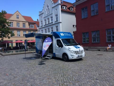 Beratungsmobil der Unabhängigen Patientenberatung kommt am 21. August nach Greifswald.