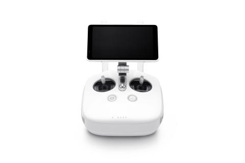 Phantom 4 Pro remote with monitor (1)