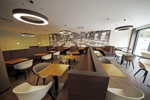 Moderner Speisesaal